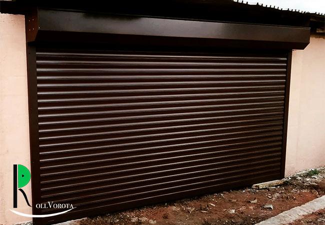 Подходят ли роллетные ворота для широких гаражных проемов